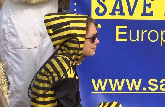 Aktivistë për mbrojtjen e mjedisit protestuan kundër përdorimit të pesticideve në Evropë