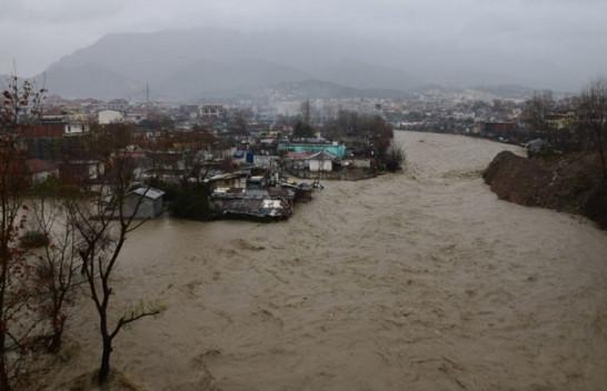Parandalimi i dëmtimeve dhe aksidenteve në situata përmbytje