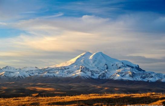 Gjithçka që duhet të dini rreth malit më të lartë në Evropë, Elbrus