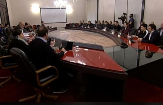Qeveria e Shqipërisë shpall gjendje të jashtëzakonshme në Laç