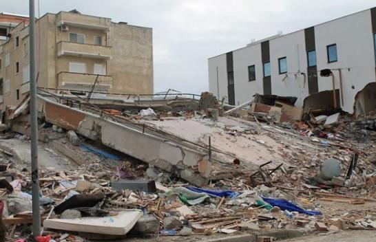 Ndërpriten kërkimet nën rrënoja, arrin në 50 numri i viktimave nga tërmeti [Emrat]