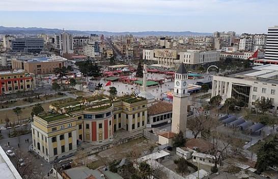 Java e parë e dhjetorit nis me reshje shiu dhe bore në Shqipëri