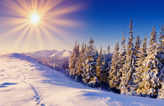 Mesatarja e diellit për muajin dhjetor në qytetet europiane, Tirana dhe Prishtina në mesin e tyre