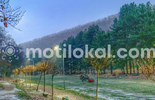 Flluskat e para të borës bien në Kosovë