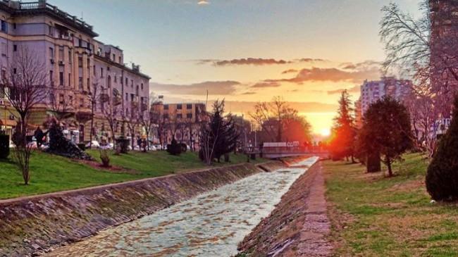 Moti në Shqipëri i kthjellët dhe i ftohtë