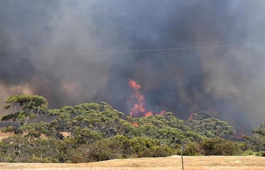 Autoritetet australiane bëjnë thirrje për një tjetër evakuim masiv