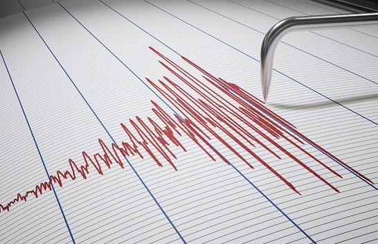 Tërmeti shkund Shqipërinë
