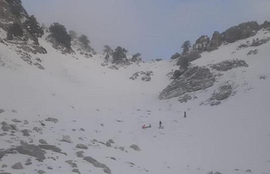 Forcat e Armatosura shpëtojnë alpinisten në malin e Tomorit