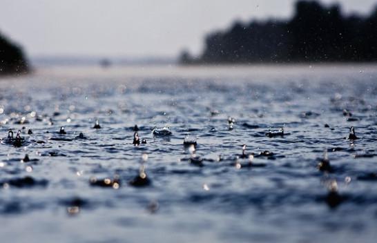 Vranësira dhe reshje shiu, ky është parashikimi i motit për këtë javë në Mal të Zi