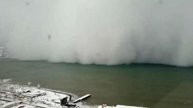 Stuhia e borës godet bregdetin e Turqisë