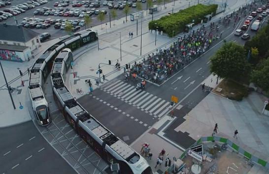 Luksemburgu bëhet vendi i parë në botë që bën transportin publik falas