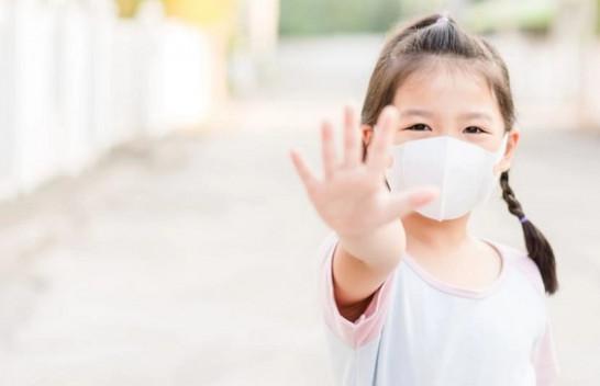 Si duhet të veproni për t'u mbrojtur nga koronavirusi kur dilni dhe futeni në shtëpi?