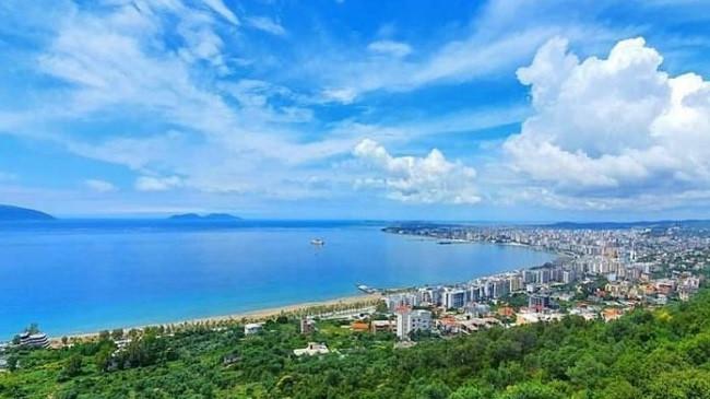 Diell dhe rritje temperaturash, ky është parashikimi i motit për sot dhe nesër në Shqipëri