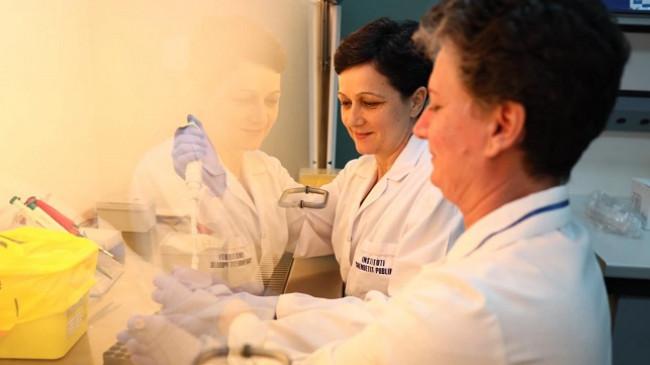 14 raste të reja me koronavirus dhe 13 të shëruar në 24 orët e fundit në Shqipëri