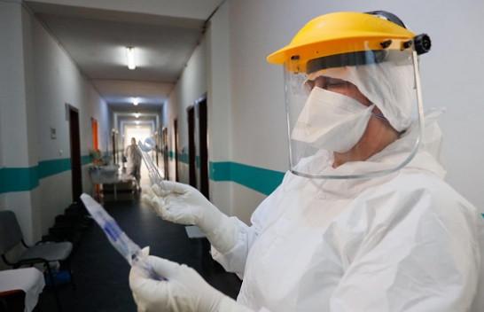 Ministria e Shëndetësisë: Tri humbje jete dhe 82 të infektuar me koronavirus në 24 orët e fundit në Shqipëri