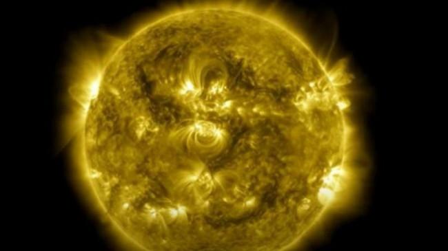 Pamje mahnitëse të Diellit: 10 vite në 61 minuta [Video]