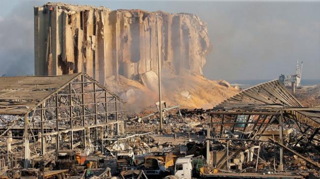 Në fotografi: Bejrut 'si një zonë lufte' pas shpërthimit vdekjeprurës