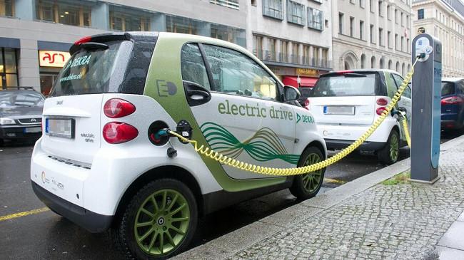Subvencioni nxit gjermanët të blejnë makina elektrike dhe hibride