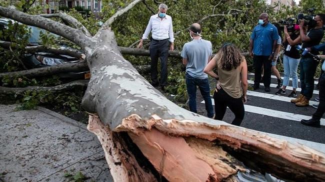 SHBA, tetë të vdekur nga stuhia tropikale Isaias