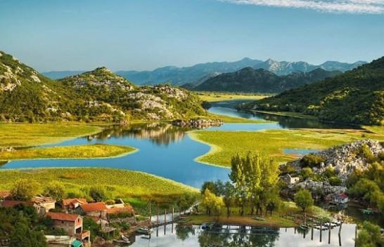 Moti në Mal të Zi, i kthjellët dhe me diell