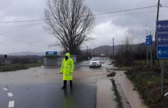 Policia e Shtetit apel qytetarëve: Shmangni lëvizjet në zonat e prekura nga përmbytjet