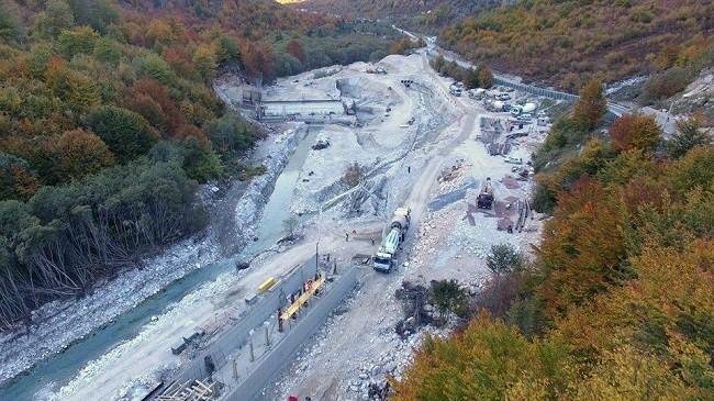 Gjykata e Lartë pezullon punën për ndërtimin e HEC-eve në Valbonë
