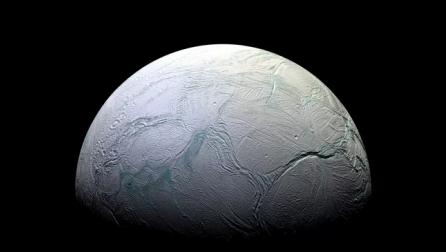 Shkencëtarët zbulojnë sasi të pazakonta metani Saturn