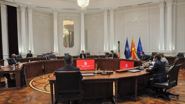 Nuredini: Mjedisi në fokus të bisedimeve me senatorët francezë