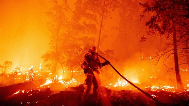 Katastrofat klimatike këtë vit SHBA-së i kushtuan mbi 100 miliardë dollarë